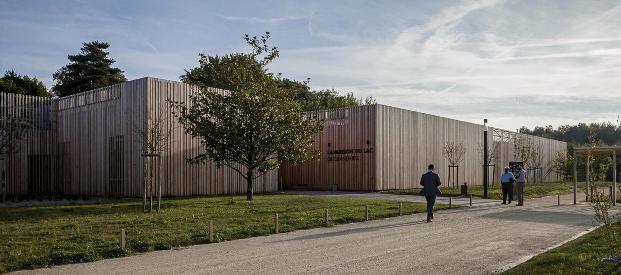maison du lac de grand lieu bouaye 44 atelier philippe madec yves brunaud photographe