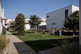 Village du Haut Bois, St-Jacques de la Lande <br />Jean & Aline Harari architectes